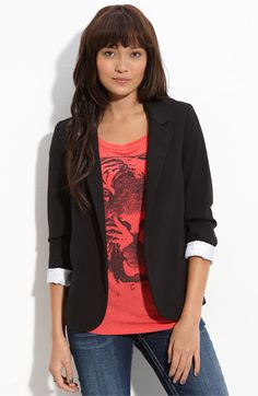 love this blazer, comes in black, red and white! i want them all