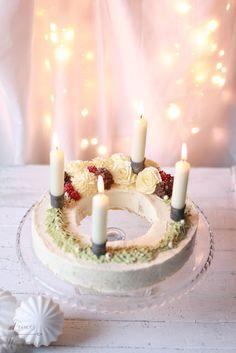 Feines Handwerk: Food Blogger Adventskalender Türchen Nr. 9 - Adventskranz Torte + Videoanleitung