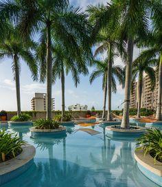 Miami, Florida, Van, Vacation, Outdoor Decor, Beaches, Traveling, Places, Circuit
