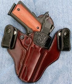 Excellent IWB holster trimmed with bullfrog hide. By Brigade Gunleather
