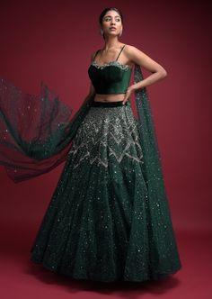Indian Wedding Outfits, Bridal Outfits, Indian Outfits, Indian Attire, Indian Clothes, Indian Wear, Ethnic Outfits, Wedding Dresses, Designer Bridal Lehenga