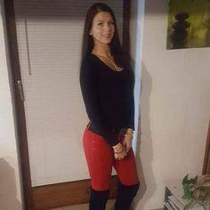 Randivonal ❤ Vivien - társkereső Debrecen - 24 éves - nő (3740369) Capri Pants, Fashion, Moda, Capri Trousers, Fashion Styles, Fashion Illustrations