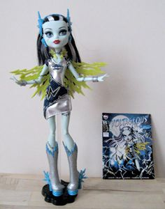 Monster High doll Power Ghouls Frankie Voltageous - Argos exclusive, rare