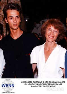 Charlotte Rampling and her son 1998_09_23.jpg (432×600)