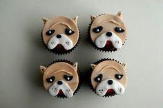 Bulldog cupcake