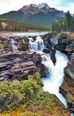 9 of North America's Most Fascinating Long-Distance Trails — via Gina Bégin