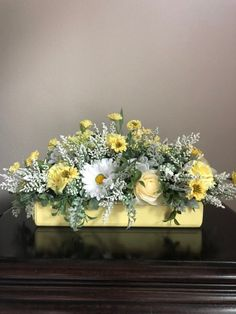 Yellow Roses and Daisy floral arrangement/Decorative Wood Box centerpiece/ Spring/Summer/Mother's Day – 2019 - Floral Decor Yellow Flower Arrangements, Artificial Flower Arrangements, Beautiful Flower Arrangements, Creative Flower Arrangements, Daisy Centerpieces, Wood Box Centerpiece, Small Yellow Flowers, Yellow Roses, Exotic Flowers