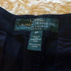 Ralph Lauren navy shorts. Ralph Lauren navy blue shorts. Size medium petite. Ralph Lauren Shorts Bermudas