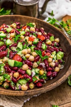 Flavorful and healthy, this Oil Free Lebanese Bean Salad is a burst of delicious plant based ingredients and comes together in no time. #wholefoodplantbased #vegan #oilfree #glutenfree #plantbased | monkeyandmekitchenadventures.com Healthy Salad Recipes, Lunch Recipes, Whole Food Recipes, Vegan Recipes, Lebanese Recipes, Soup And Sandwich, Bean Salad, Salad Ingredients, How To Make Salad
