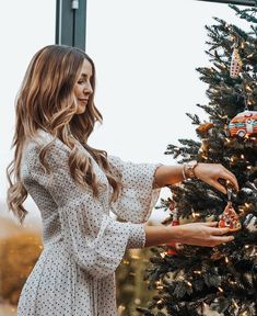 Zoella Outfits, Black Friday Offer, Zoe Sugg, Brown Hair With Highlights, Girl Online, Hygge, Love Her, Winter Outfits, Style Me