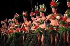 Heiva i Bora Bora - Traditionnal chants and dance festival...gorgeous