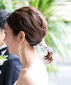 [インスタ] #ボブ花嫁 のヘアアレンジ×季節感(秋冬) ゼクシィ Short Wedding Hair, Wedding Hair And Makeup, Bridal Hair, Hair Makeup, Hear Style, Hair Arrange, Hair Setting, Bride Hairstyles, Bridal Style