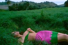 Glamour magazine 1967 - Ali MacGraw lying in grass modelling a bra and half slip with matching bikini pants by Deanna Littel for Warner's. Photo by Sante Forlano. Ali Macgraw, Glamour Magazine, Thing 1, 1960s Fashion, Fashion Mag, Green Fashion, Fashion Vintage, Vintage Style, Vintage Fashion Photography