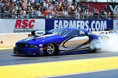 Pro Modified Mustang doing burn out