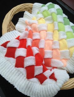 This Entrelac Knitted Baby Blanket Pattern is a stunner and we have the rainbow version plus a fabulous free pattern. View the video and all the ideas. Baby Knitting Patterns, Knitting Stitches, Baby Patterns, Hand Knitting, Knitting Needles, Knitted Afghans, Knitted Baby Blankets, Cot Blankets, Knitting Projects