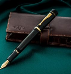 Churchill Classic Black FP