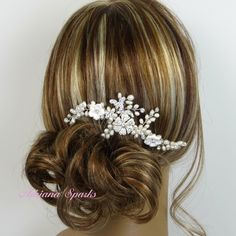 Bridal Hair Comb, Ariana Hair Comb, Bridal hairpiece, Wedding hair accessories, Bridal Headpieces, Rhinestone hair comb bridal by adrianasparksacc on Etsy https://www.etsy.com/listing/176953897/bridal-hair-comb-ariana-hair-comb-bridal