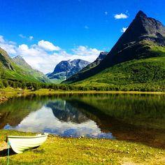 """"""" As a postcard """" a tourist said about Innerdalen today.  I agreed.  #innerdalen #innerdalstårnet #renndølsetra"""