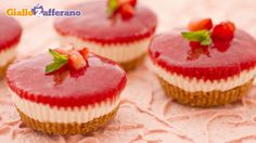 Mini-cheesecake alle fragole (philadelphia, ricotta, panna)
