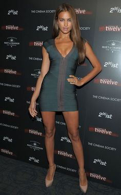 Spotlight: Irina Shayk Made for Herve Leger Tight Dresses, Sexy Dresses, Irina Shayk Dress, Looks Pinterest, Actrices Sexy, Girl Fashion, Urban Fashion, Sexy Legs And Heels, Sexy Skirt