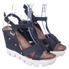 e0ac3f0e5927 Nature Breeze Mirage-01 Women s Black Casual Wedge Sandal