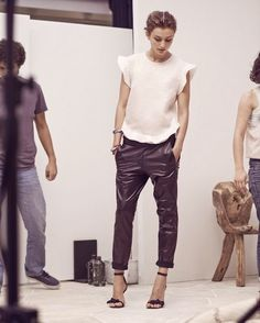 Jogging leather pants how to wear