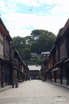 Kanazawa, Japan. The last area I lived in. About 450,000 people at the time. You could tell the parts of town that hadn't been bombed during WWII as the streets winded about in all kinds of directions (locals said they probably started as cow paths).  Post war parts of town were laid out in a grid pattern.
