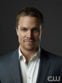 Arrow Pictured: Stephen Amell as Oliver Queen  Photo: Kharen Hill/The CW  © 2012 The CW Network. All Rights Reserved
