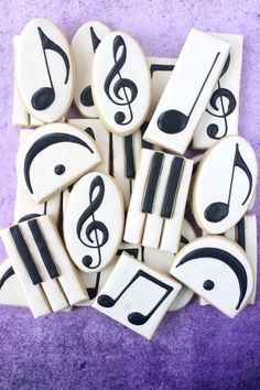 Music Symbol Decorated Cookie Collection — CookieCrazie - Miller is Home Iced Cookies, Cut Out Cookies, Cute Cookies, Royal Icing Cookies, Cupcake Cookies, Cookies Et Biscuits, Sugar Cookies, Honey Cookies, Music Cookies