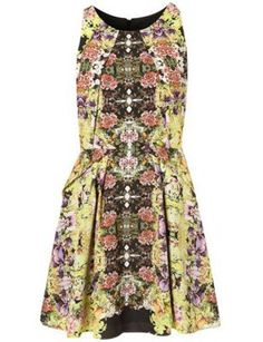 Celebrities who wear, use, or own Topshop Intricate Flower Origami Dress. Also discover the movies, TV shows, and events associated with Topshop Intricate Flower Origami Dress. Pretty Dresses, Dresses For Work, Origami Dress, Topshop, Easter Dress, Sweet Dress, Spring Dresses, Playing Dress Up, Dress To Impress