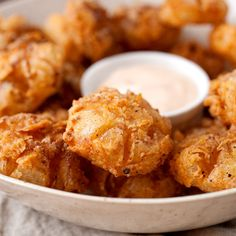 Blooming Onions These bite-sized blooming onions are a fun appetizer for any party! These bite-sized blooming onions are a fun appetizer for any party! Appetizer Dips, Appetizer Recipes, Fun Appetizers, Shower Appetizers, Thanksgiving Appetizers, Dinner Recipes, Ceviche, Blooming Onion, Popular Appetizers