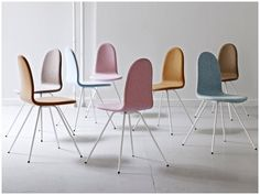 ARNE JACOBSEN: THE TONGUE CHAIR IS BACK   HOMESiCK