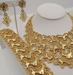 Monet Gold Plated Modernist Bib Necklace Parure
