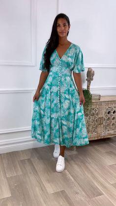 Blue dress, midaxi dress, leaf pattern dress, blue pattern dress Pattern Dress, Dress Patterns, Blue Leaves, Studio Lighting, Leaf Prints, Blue Dresses, Bell Sleeves, Size 12, Shirt Dress