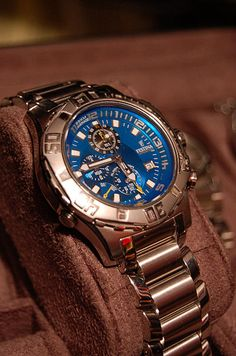 How is Festina's build quality comparable to Seiko and Citizen? There is a Festina Diver that Cute Watches, Casual Watches, Watches For Men, Men Fashion Photo, Mens Fashion, Sport Casual, My Guy, Mens Clothing Styles, Fashion Accessories