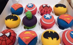 hulk and spiderman cakes | ... Cupcakes - by MrsT @ CakesDecor.com - cake decorating website