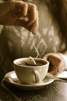 Tea : The solution te everything! <3