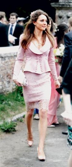 Vintage Kate Middleton. Love the 18th century style jacket and lace dress.