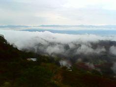 Este hermoso espectaculo visto desde miravalles valle del cauca