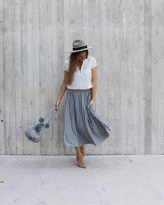 """happymomdiary l lifestyle blog on Instagram: """"SOMMER ______________________________________ Werbung. Der heutige Tag in zwei Worten: Traumhafter Sommertag!  Entspannt und glücklich…"""" Heutiger Tag, Midi Skirt, Skirts, Blog, Instagram, Fashion, Advertising, Moda, Skirt"""