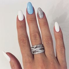 White, blue and silver - nails - LadyStyle Nail Ring, Nail Manicure, Nail Polish, Cute Nails, Pretty Nails, Olive Nails, Blue And Silver Nails, Nagellack Design, Seasonal Nails
