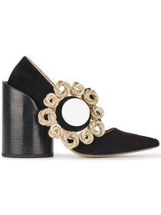Jacquemus Les Chaussures Gros Bouton 120 Pumps #oversize #accessory #pump #bigheel #pointed