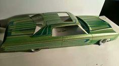 Cool model car Lowrider Model Cars, Lowrider Bike, Car Paint Jobs, Plastic Model Cars, Car Painting, Model Kits, Rc Cars, Car Stuff, Custom Paint