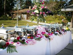How to Set a Buffet Table Tips for Self Catering Entertaining
