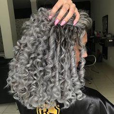 Alguem me ORDENOU a nao pintar o cabelo por ser morena?? Hum ??? NAOOO MEU AMOR