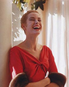 Grace Kelly, 1955. Picture by Howell Conant.