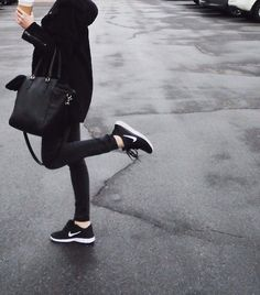 Casual all black outfit with sneakers