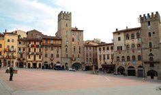 Piazza Grande, Arezzo, Tuscany, Italy (via Italia.it)