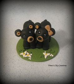 Black Beare Wedding Cake Topper by trinasclaycreations