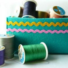 Find out how to make a stiffened felt box.